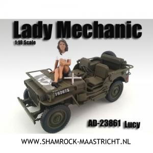 American Diorama Lucy Lady Mechanic with Tire iron 1/18